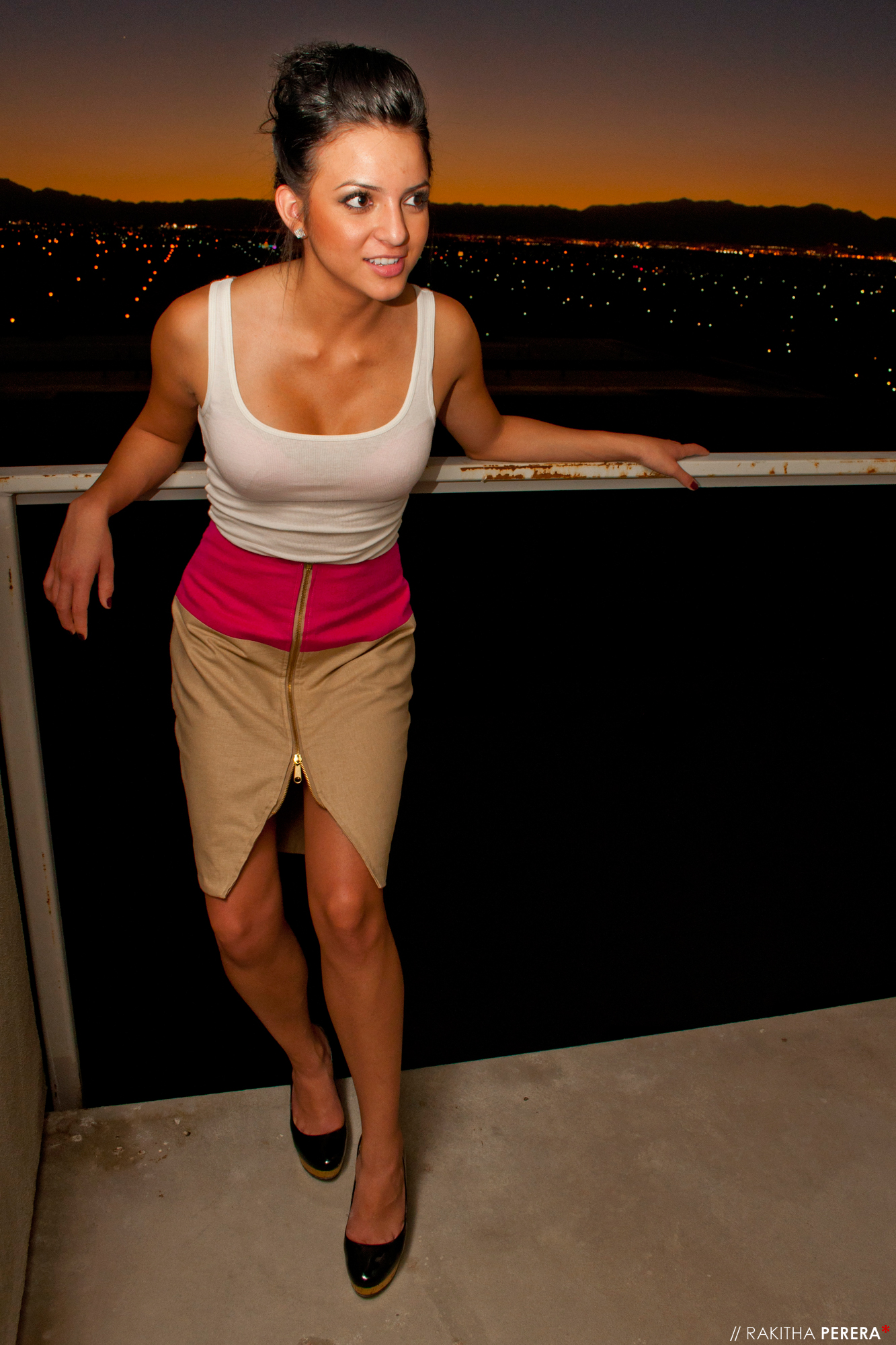 model Jessica Rugama in The 16th Bar designs The Loft Collection Spring 2010